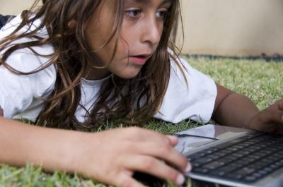 子どものネット依存症は発達に悪影響がある?