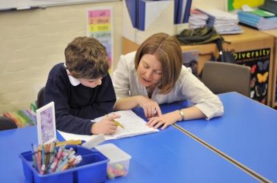 授業中に歩くADHDの子、教師の対処方法・対策はどうすればいい?