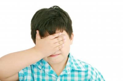 なぜ、アスペルガー症候群は目を合わせないのか?