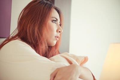うつ病のような症状も多い統合失調症の陰性症状、誤診や併発も、違いは?